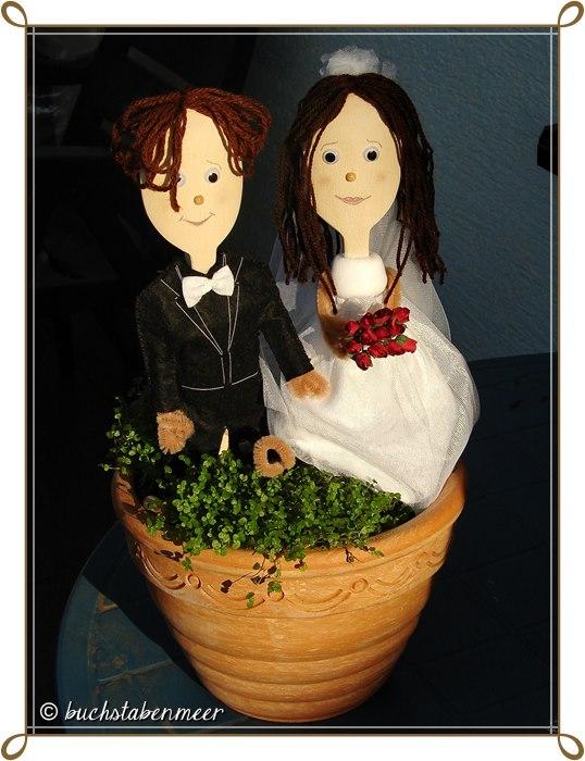 Geschenkidee /Geldgeschenk]: Ein Holzlöffel-Brautpaar zur Hochzeit ...
